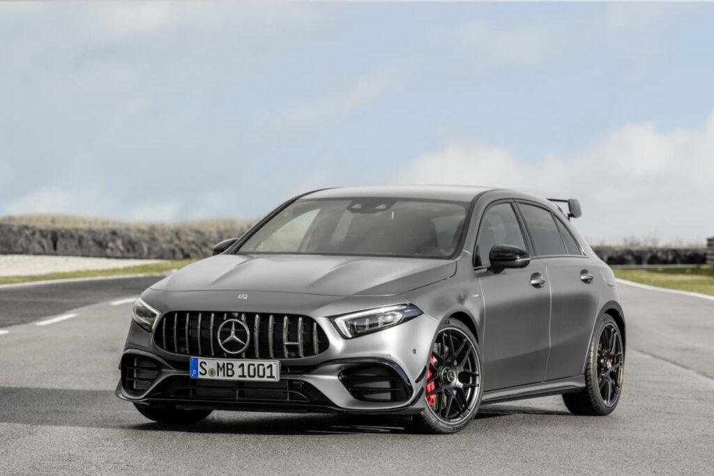 Mercedes-Benz rejuvenece sus modelos